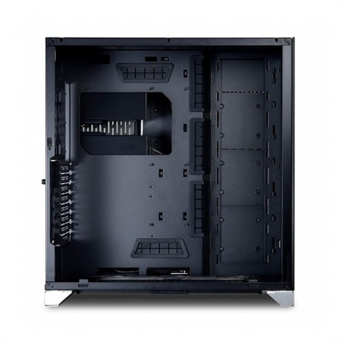 art/Lian-Li-PC-O11D-XL-Plata-ROG-4.jpg